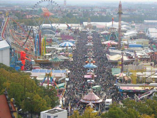 oktoberfest-munich-1565106-640x480