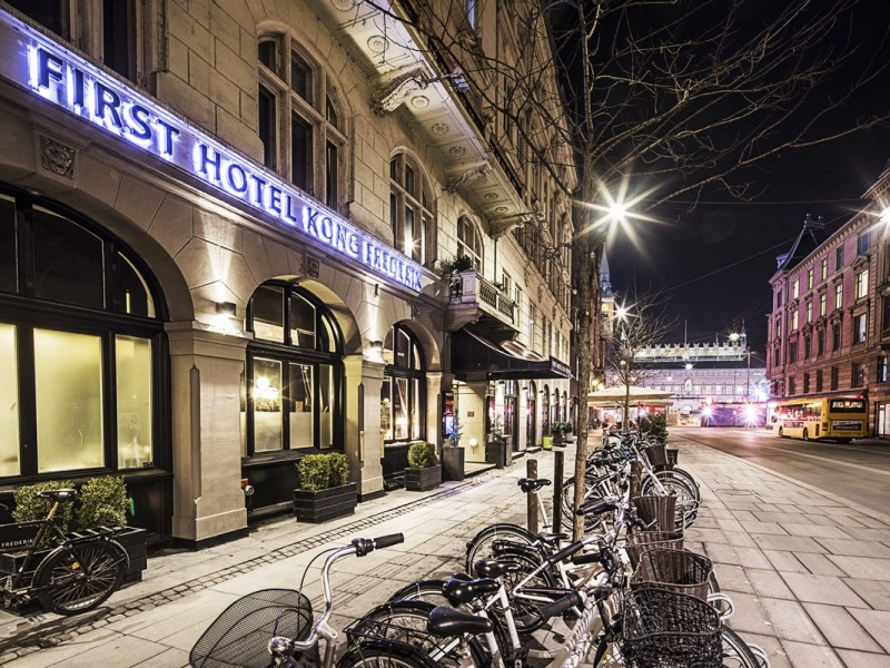 Exterior-first-hotel-kong-frederik-copenhagen_RAISFOTO_2086