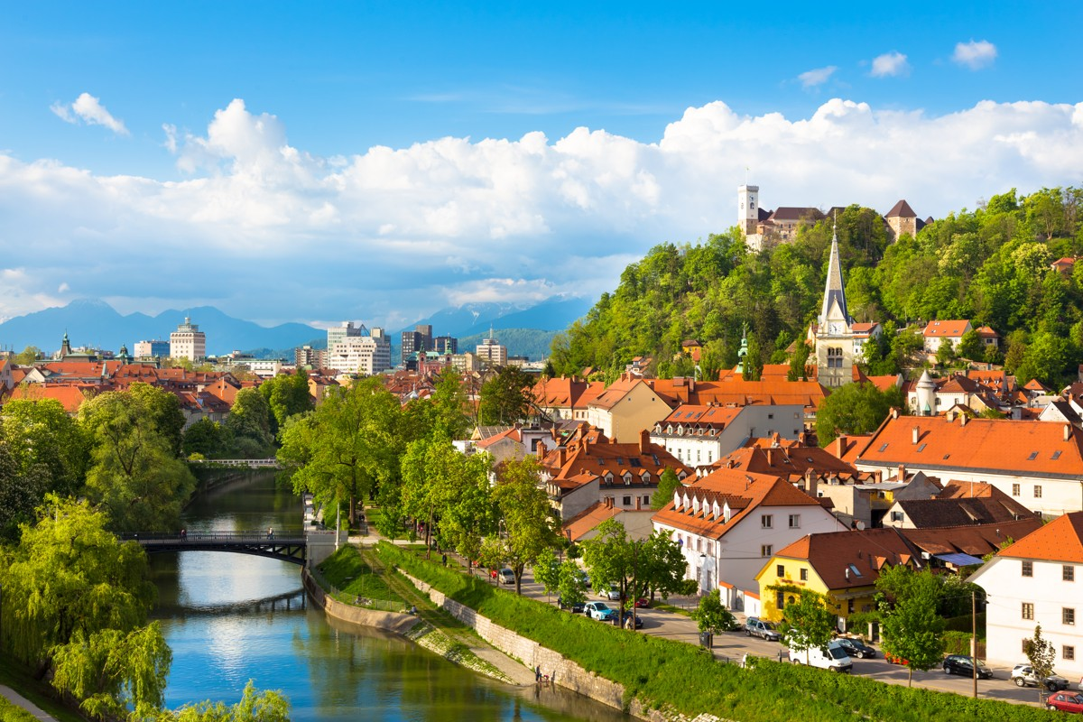 8474960-panorama-of-ljubljana-slovenia-europe